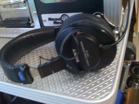 Sony MDR-V6 Headphones
