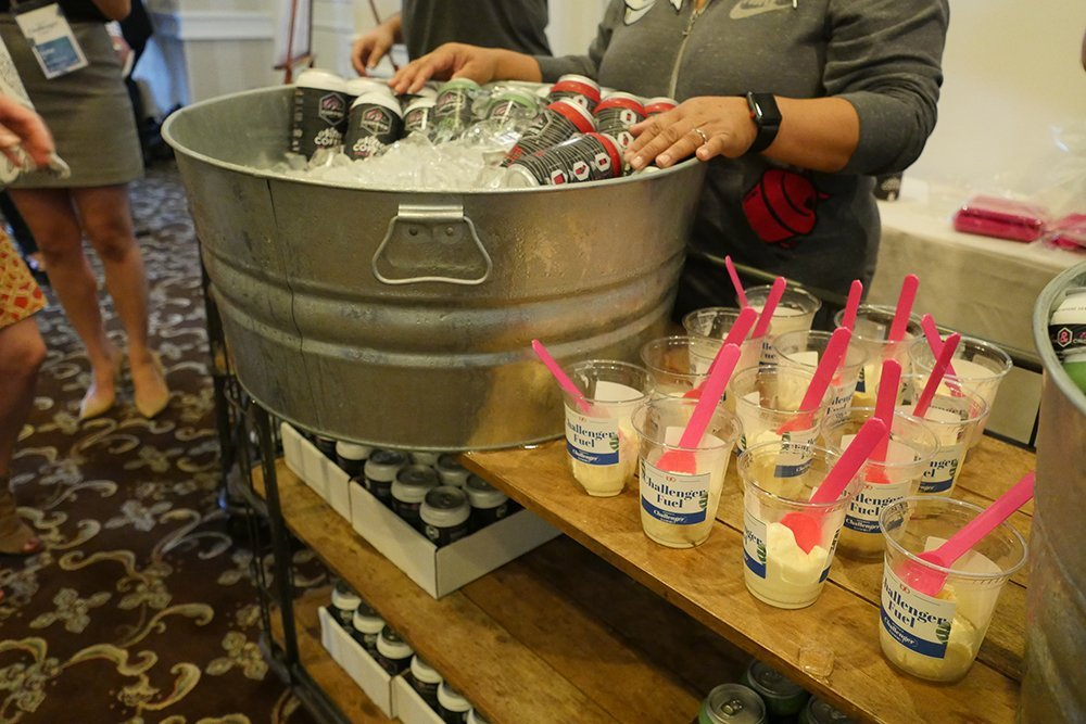 Challenger summit steal ice bucket with beverages